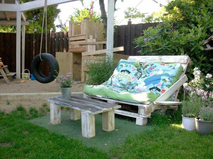 canapé terraza jardñin mesilla