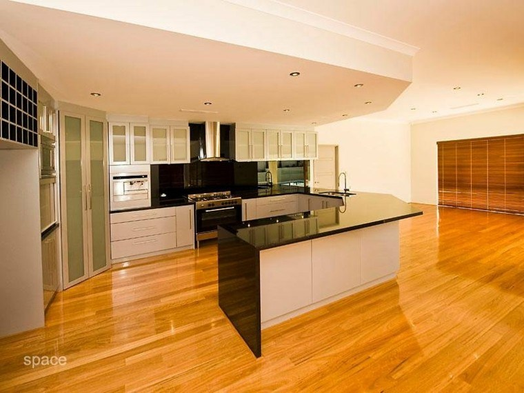 original diseño cocina suelo madera