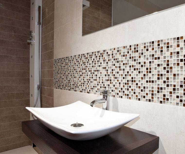 Gresite ba os revestimientos que crean ambientes for Revestimiento de banos pequenos