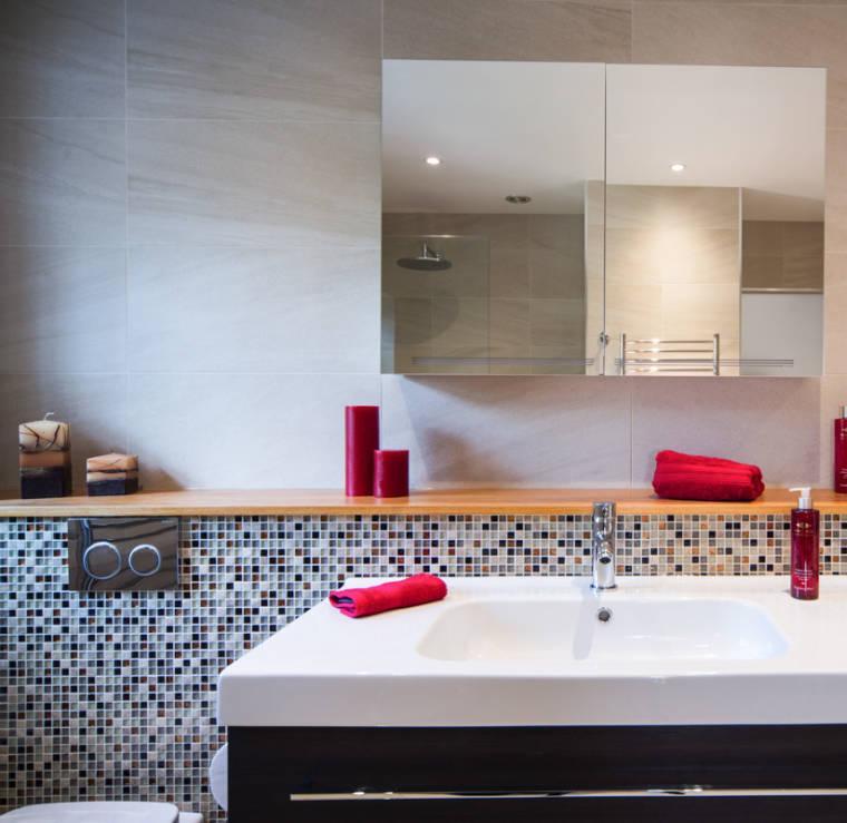 Baños Modernos Revestimientos:Muebles estilo colonial – interiores elegantes con madera