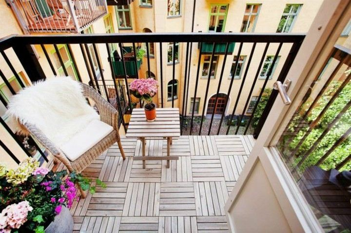 original small terrace floor covering