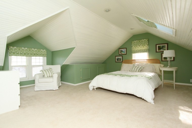 original habitacion pequeña color verde