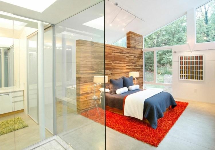 dormitorio semicubierto pared madera