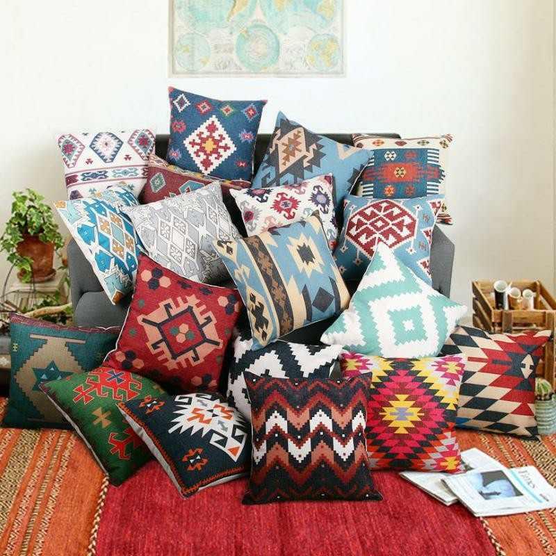 Decoracion etnica para interiores artesan a y color - Cojines en ikea ...