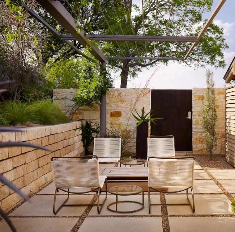 patio pergola acero moderna