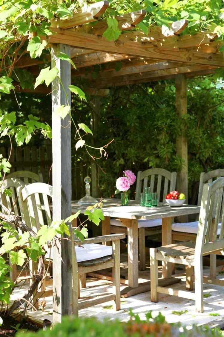 Pergolas de madera 50 creaciones perfectas para tu patio - Plantas trepadoras para pergolas ...