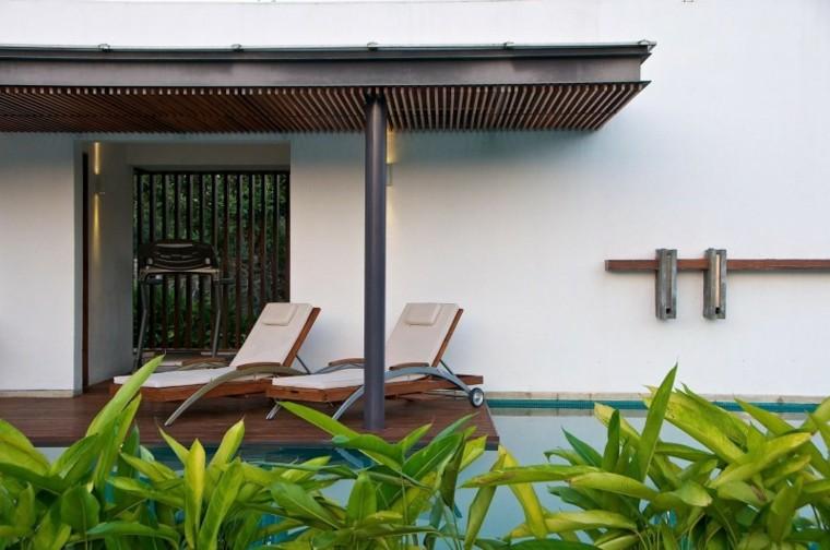 jardin piscina tumbonas ruedas originales ideas