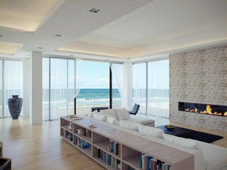salon con chimenea rocas ladrillos mueble