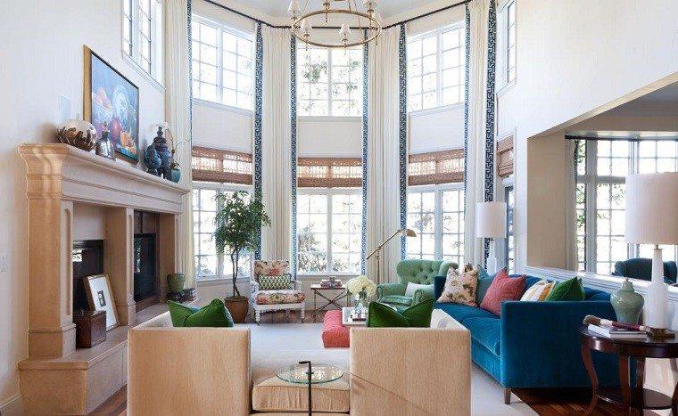 salon decorado modernos sofa terciopelo azul ideas