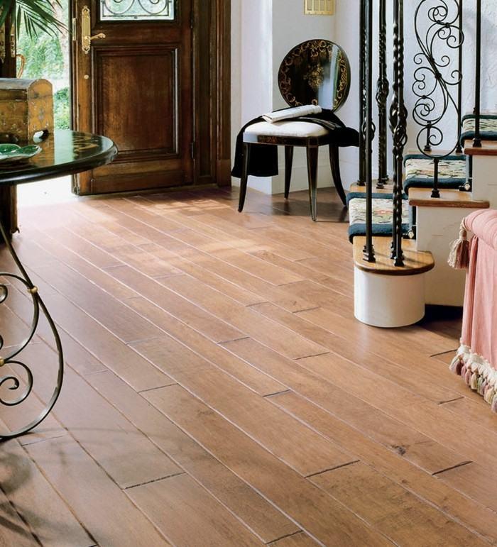 suelo laminado madera rústico
