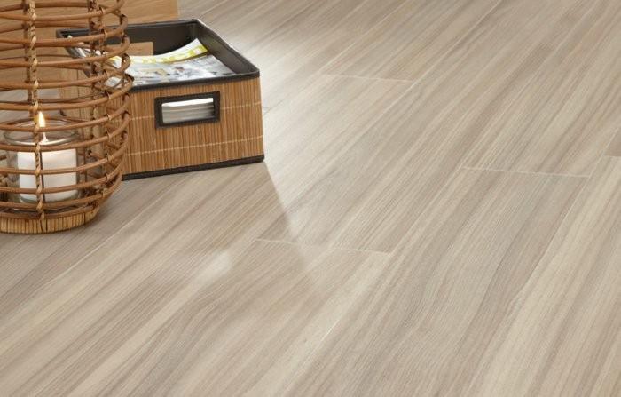 suelos madera laminada color beige