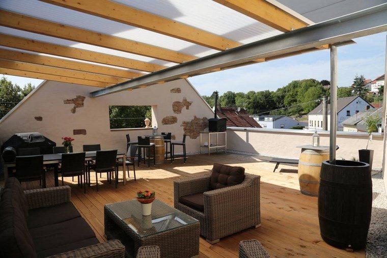terraza amplia pergola muebles preciosos ideas