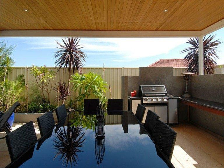 terraza semicubierta mesa comedor