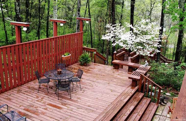 terraza-moderna-estilo-original-suelo-madera
