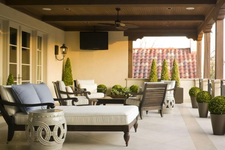decorar terrazas muebles salón estilo clasico