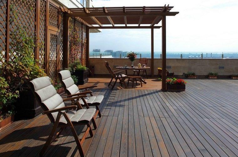 terraza suelo madera pergola sillones preciosos ideas