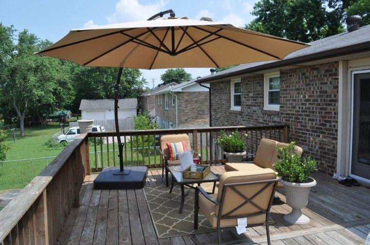 terraza madera muebles exterior sombrilla