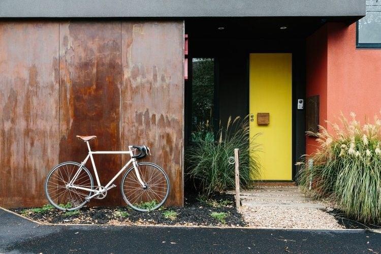 acero opciones jardin puerta amarilla ideas