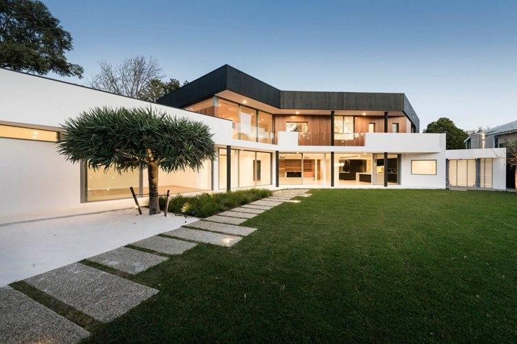 arquitectura diseño cesped patio plantas
