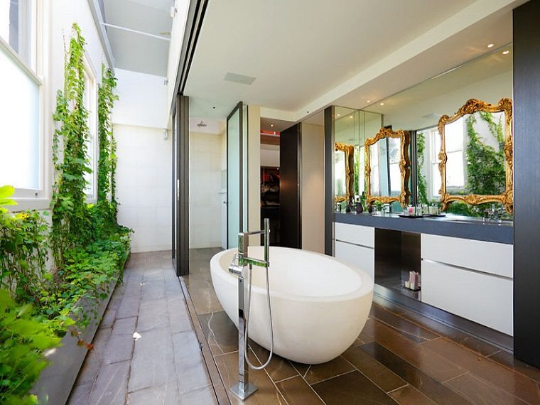 Baño Con Jardin Interior:Bathroom with Garden