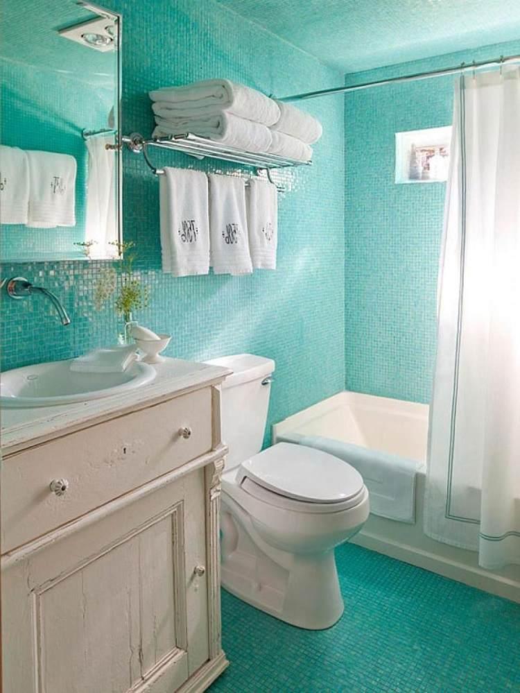 gresite baño color turquesa