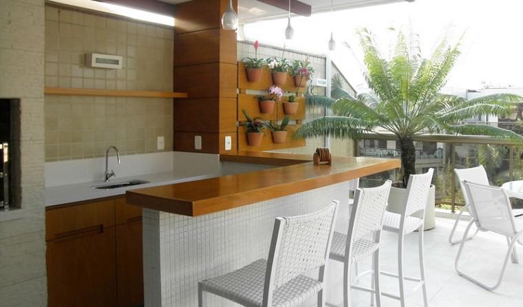 balcón bar cocina sillas