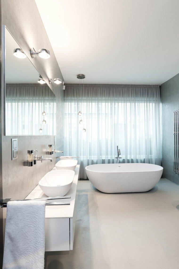 baños modernos fotos espacios amplios cortinas blancas ideas