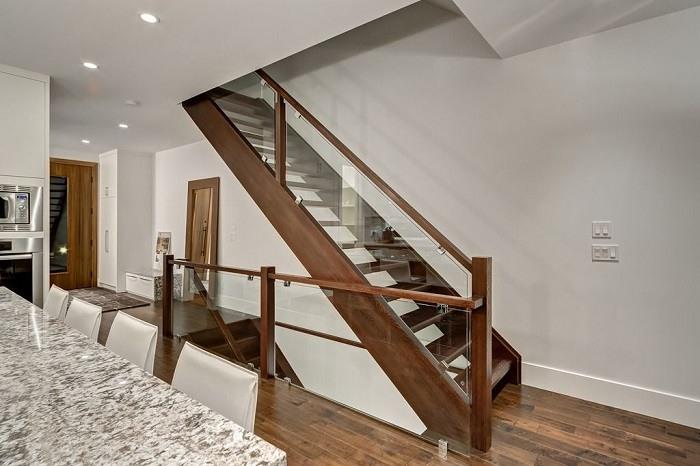 Barandillas vidrio y otros materiales 50 escaleras de for Escaleras en salas de casas