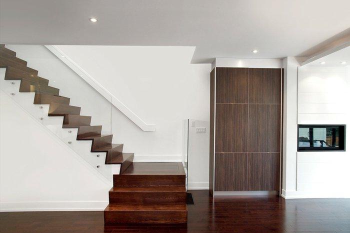 Barandillas vidrio y otros materiales 50 escaleras de for Escaleras de material interior
