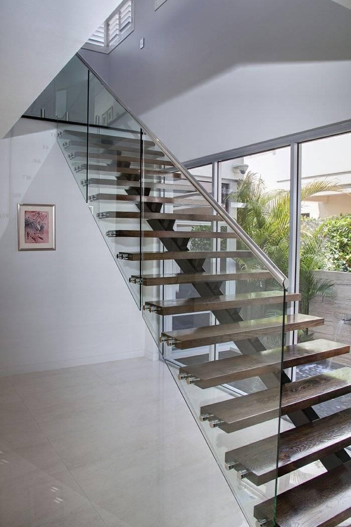 Barandillas vidrio y otros materiales 50 escaleras de - Barandillas de cristal y madera ...