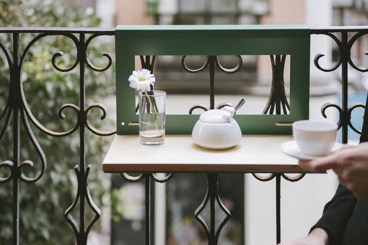 belleza balcon pequeno mesita plegable util ideas