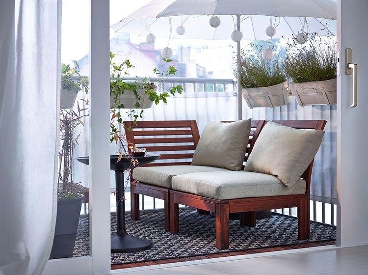 belleza balcon pequeno sillones madera marron ideas