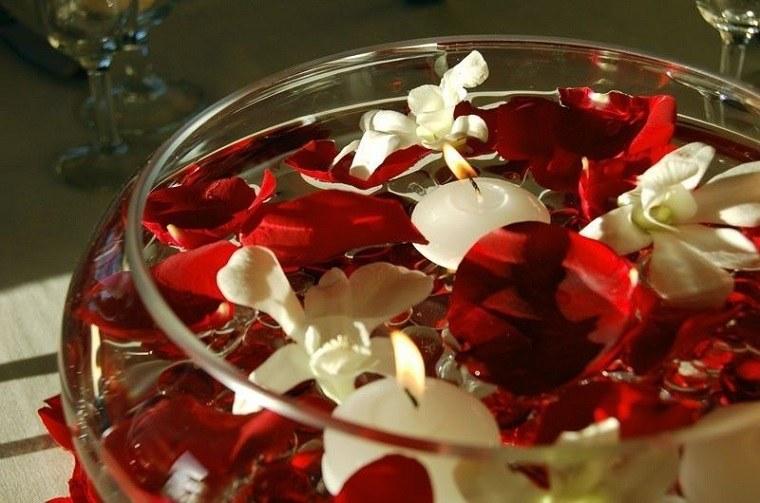 bol redondo petalos rojos vela