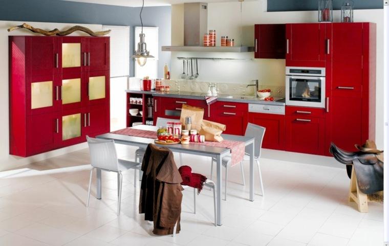 bonita cocina muebles rojos