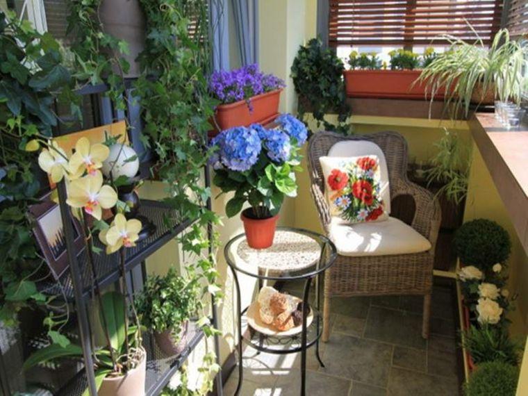 bonita decoración flores terraza