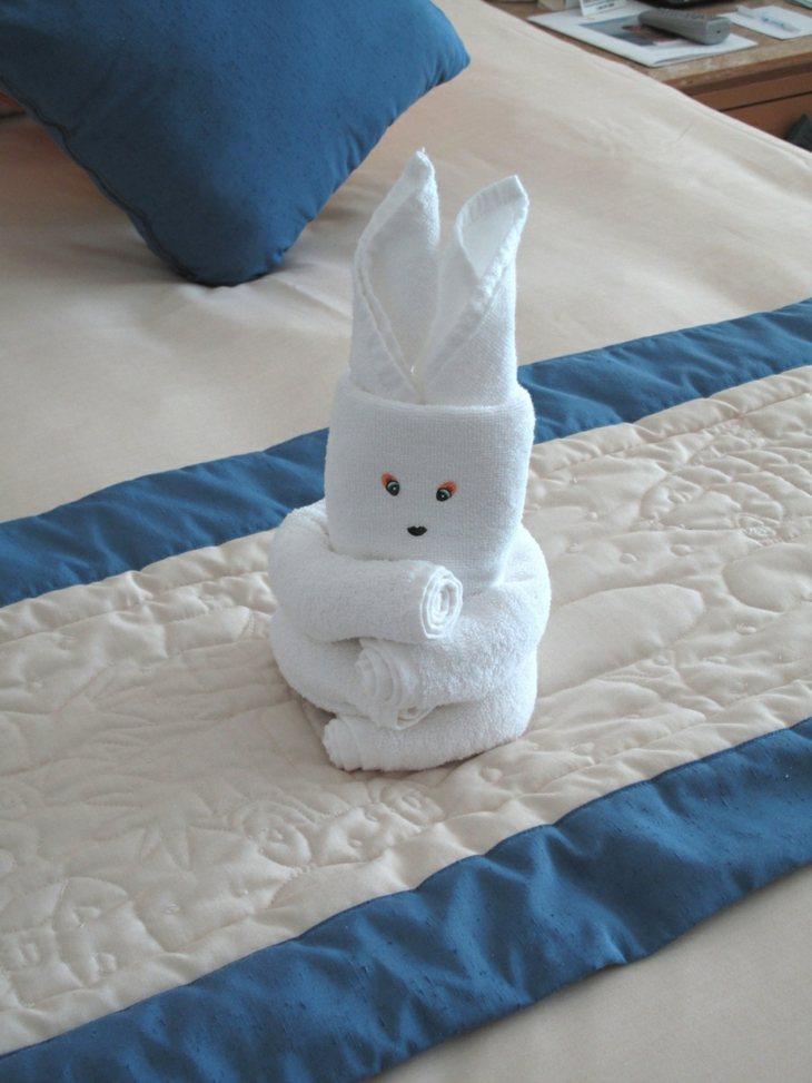 bonito conejito toalla blanca deco