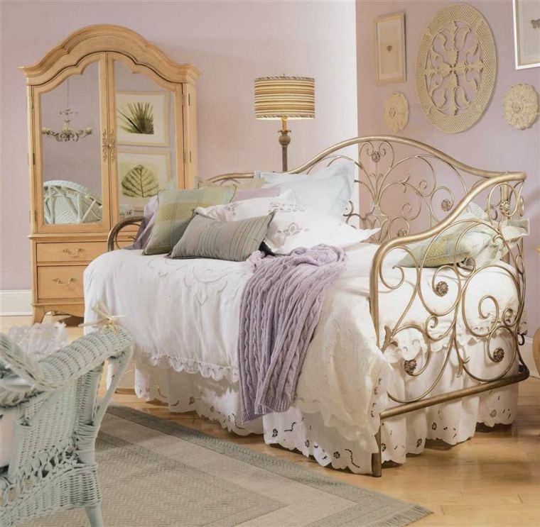 bonito diseño cama vintage