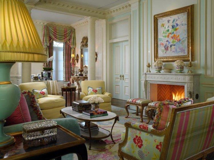 cajones mesa sitios decorado blanco cuadros amarillo