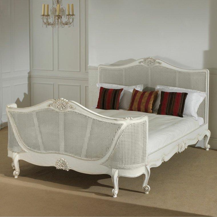 original cama vintage color blanco