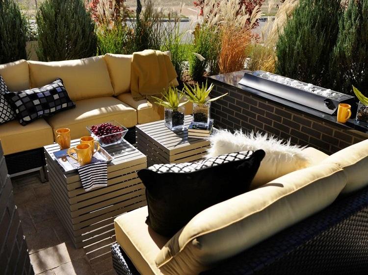 decoracion terrazas pequeñas ideas variados cojines