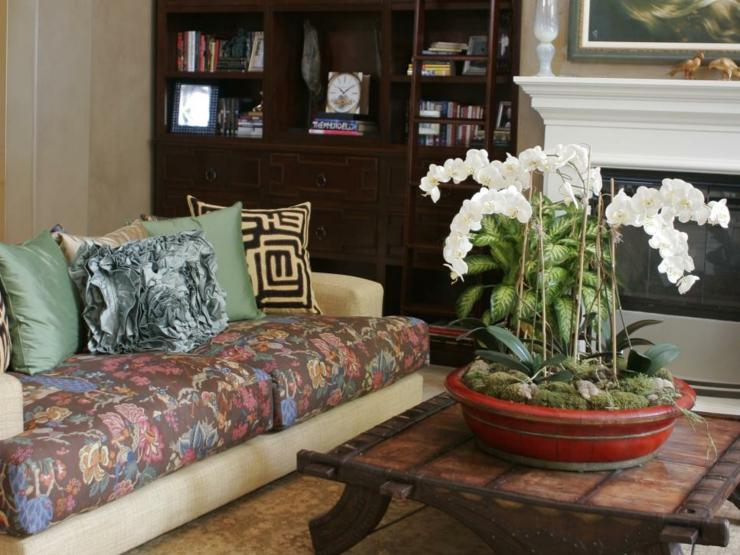 centro de mesa de salas creatividad plantas flores cojines