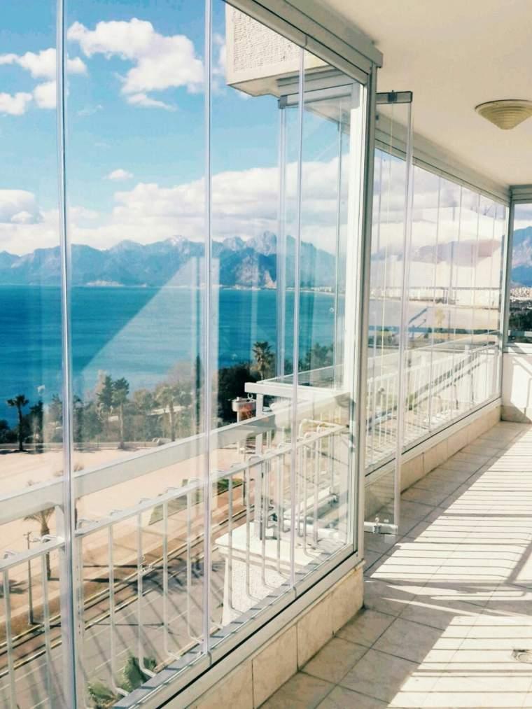 Cerramientos para balcon 38 dise os pr cticos - Estores para balcones ...