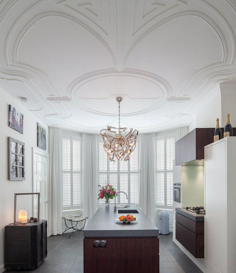 cocina blanca isla opciones espacios pequenos ideas