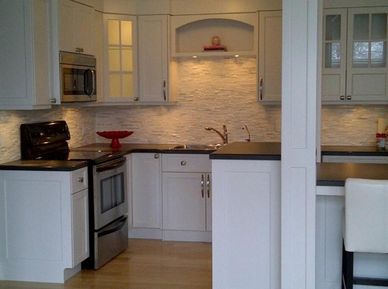 cocina de obra blanca