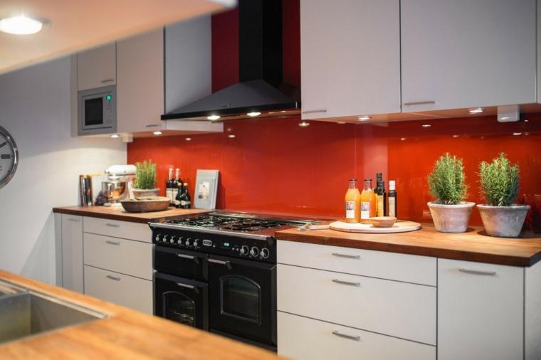 cocina bonita pared llamativa roja ideas