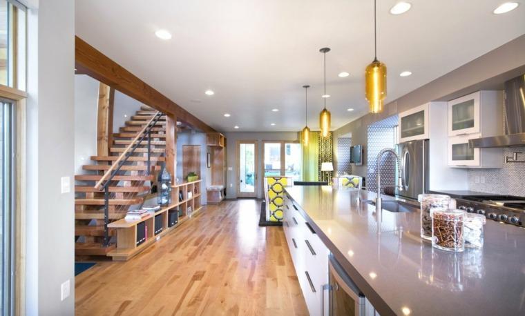cocina moderna escaleras madera