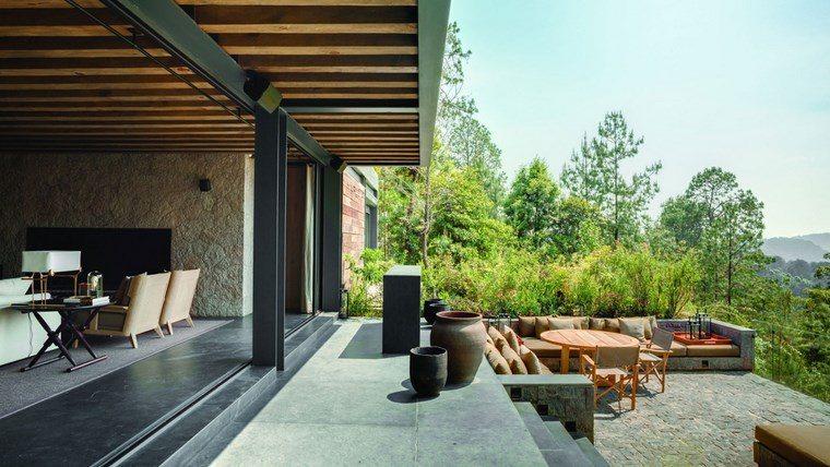 como decorar terraza mesa madera ideas