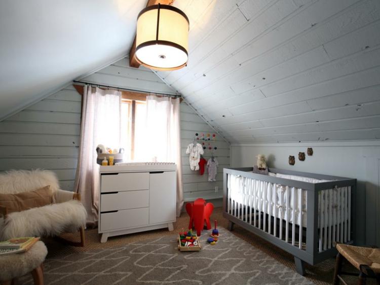 como decorar una habitacion de bebe lineas pequeña rojo