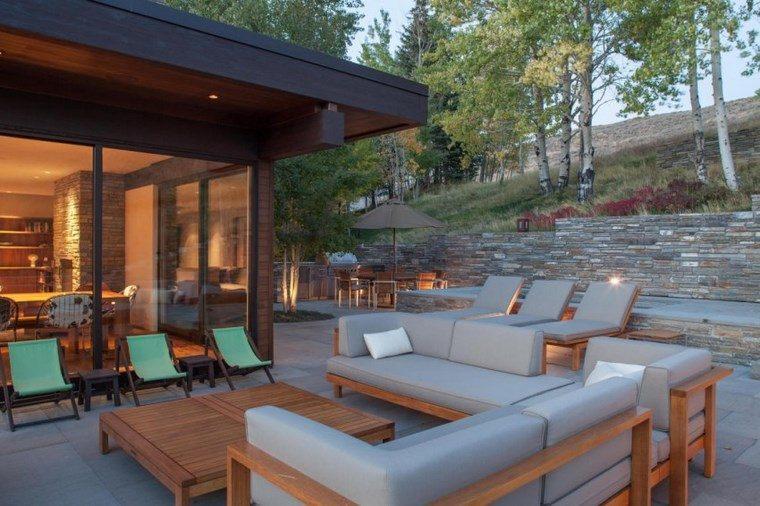 como decorar una terraza muebles madera sillones ideas