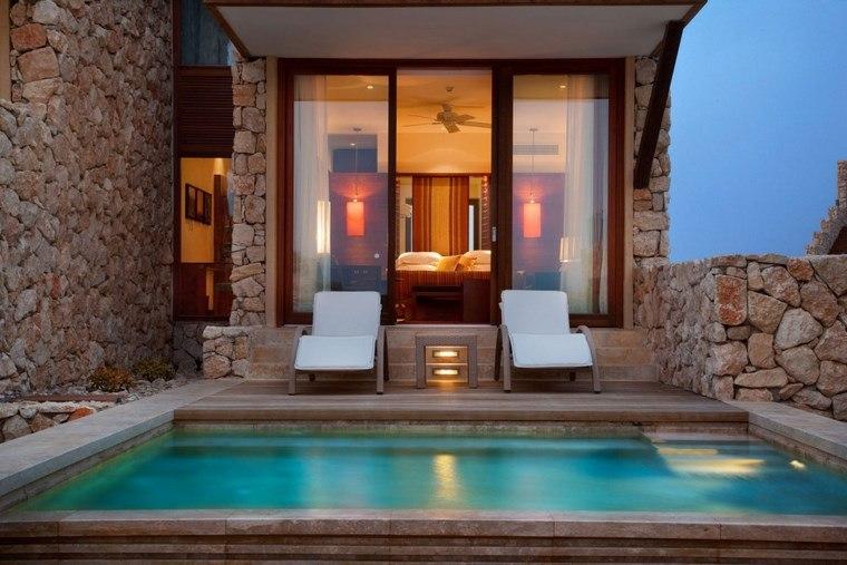 decorar una terraza piscina tumbonas ideas